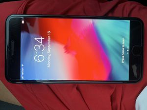 iPhone 7 Plus 128gb Matte Black Unlocked Verizon , ATT , Sprint , T Mobile , Metro Pcs , Simple Mobile , Straight Talk for Sale in Lynwood, CA