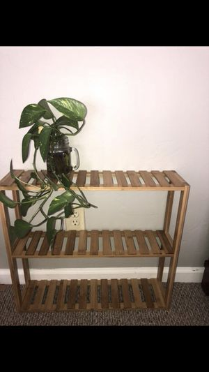 Small bamboo hanging shelf for Sale in Tucson, AZ