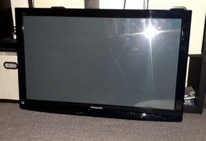 """42"""" Panasonic HD TV P42U2 TV for Sale in Columbus, OH"""