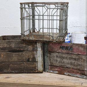 Vintage Milk Crates for Sale in Elma, WA