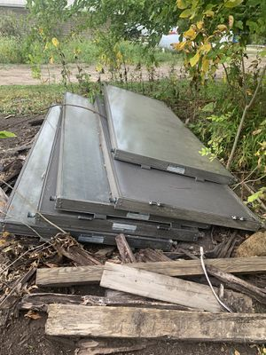 Solar water heater panels FREE for Sale in New Lenox, IL