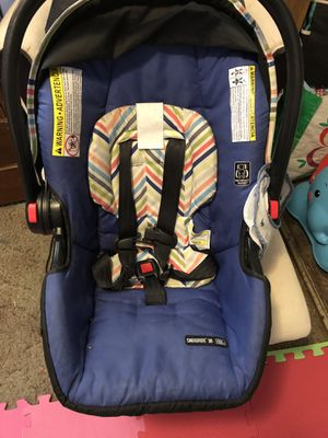 Car seat with base for Sale in Plattsburgh, NY
