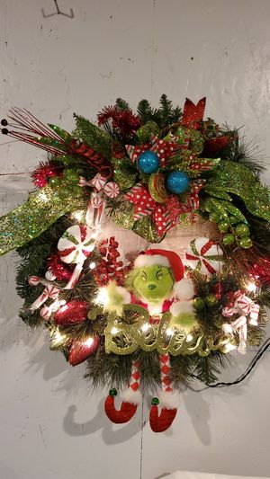 "Grinch- Believe Wreath Hand Made at Curtis Country 20"" New Light's Up Plug in... for Sale in Spanaway, WA"