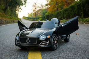 Bentley EXP12 Kids Ride on Toy Black for Sale in Tustin, CA