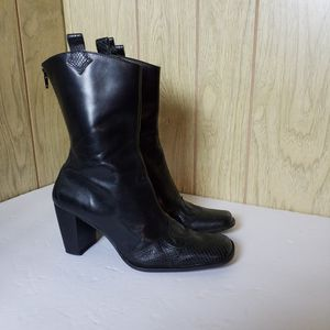 Uniza Black Genuine Leather And Snake Skin Womens Boots Size 6.5 B Made In BRAZIL for Sale in Redmond, WA
