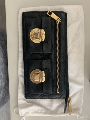 Marc Jacobs black leather wallet for Sale in Azusa, CA