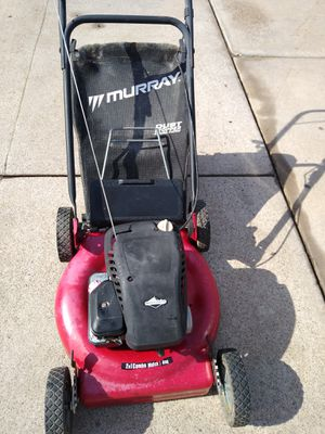 Briggs and Stratton rear bagging mulching gas lawnmower runs good and strong for Sale in Tolleson, AZ
