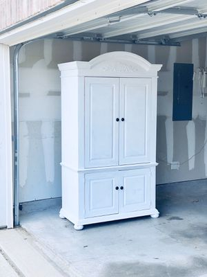 Solid Wood White Farmhouse Style Wardrobe Dresser for Sale in Keller, TX