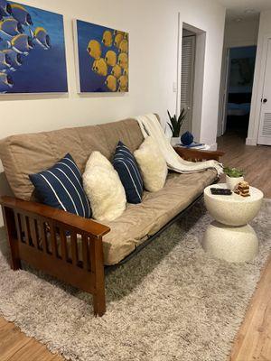 Súper resistente futon de madera maciza for Sale in Miami Shores, FL