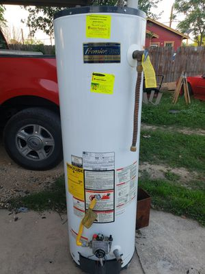 Gas water heater for Sale in San Antonio, TX