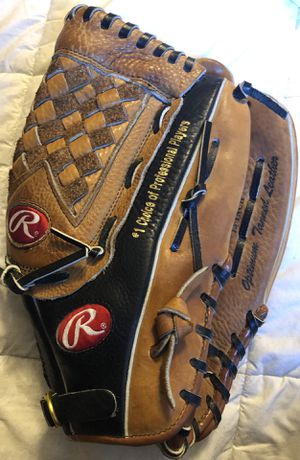 Rawlings Softball Glove for Sale in City of Industry, CA