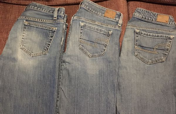Lot 8 Pairs of Jeans:Maurices~5 pairs*American Eagle~2pairs*GAP~1pair