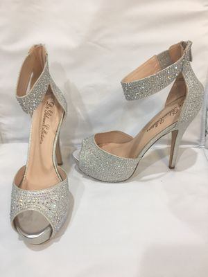 Size 8 Heels with cushion in shoes for Sale in Philadelphia, PA