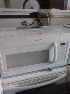 White ge over the range microwave bracket and screws included in excellent working condition for Sale in Kissimmee, FL