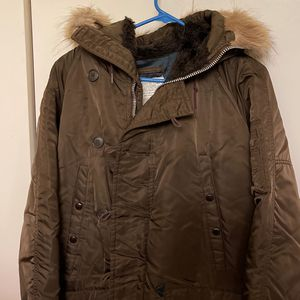 Vintage Parka ( Military) Excellent Condition Size 40 , Located In Burbank Ca for Sale in Los Angeles, CA