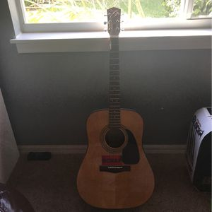 Guitar for Sale in Parrish, FL