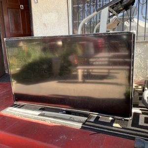 60' Samsung Smart TV for Sale in Long Beach, CA