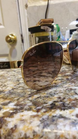 Ray bans glasses for Sale in Modesto, CA