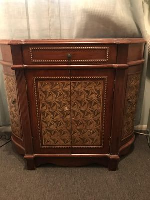 Bombay dresser for Sale in Jackson Township, NJ