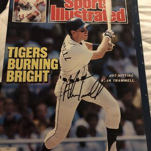 Tigers 1987 Sports Illustrated With Alan trammel Autograph for Sale in Grand Blanc, MI