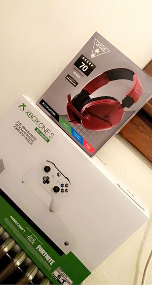 Xbox, Monitor, Headset Bundle! for Sale in Smithton, PA