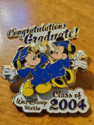 Limited Edition 2004 Mickey and Minned Graduate pin for Sale in Austin, TX