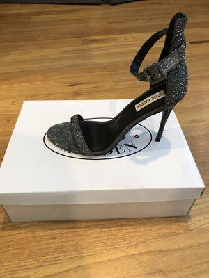 Steve Madden & Caparros Stilettos Size 11 for Sale in Baltimore, MD