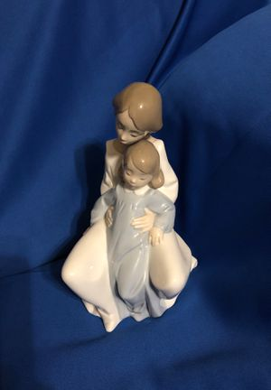 Nao by Lladro Collectable Porcelain Figurine for Sale in San Antonio, TX