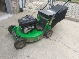 Lawn mower for Sale in Glendale Heights, IL