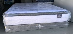 BRAND NEW king size pillow top Serta Perfect Sleeper for Sale in Modesto, CA