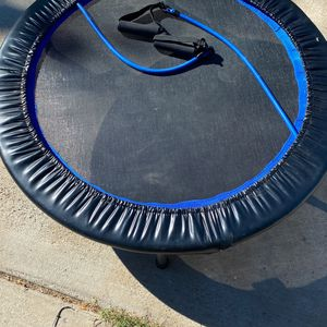 Work out trampoline for Sale in Riverside, CA