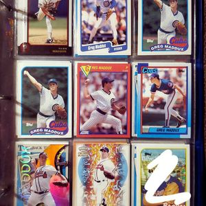 ☆GREG MADDUX BASEBALL CARDS☆ for Sale in Columbus, OH