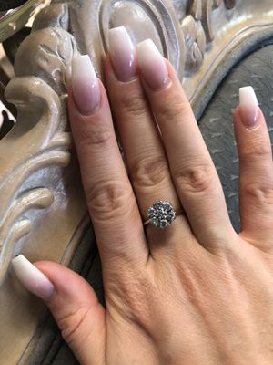 14K gold natural diamonds ring for Sale in Fresno, CA
