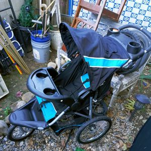 Babytrend Expedition for Sale in Fresno, CA