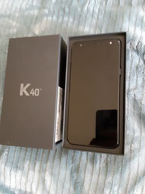 Lg k40 with a month of service for Sale in Yakima, WA
