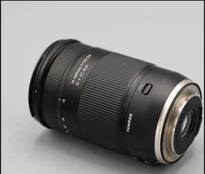 Tamron 18-400 lens for Canon for Sale in Philadelphia, PA