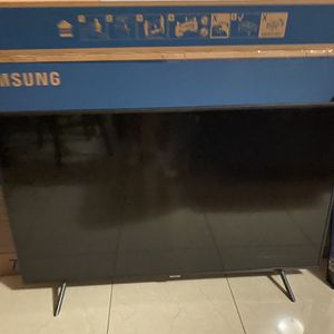 55 Inch Samsung TV for Sale in Hialeah, FL