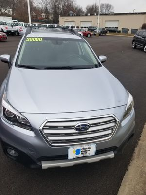 2017 subaru outback for Sale in Des Moines, IA