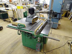 Delta crescent table saw for Sale in Lancaster, MA