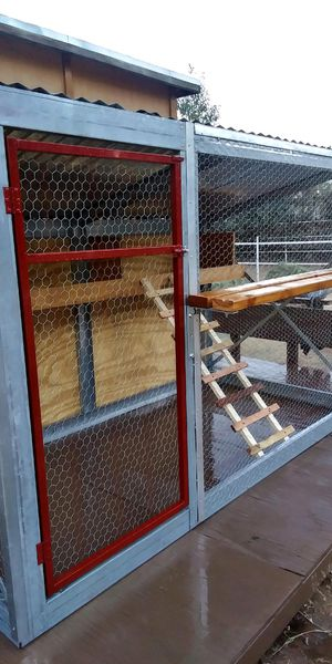 New Custom Chicken Coop for Sale in Tolleson, AZ