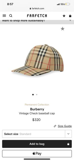 Burberry hat medium for Sale in Atlanta, GA