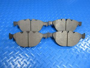 Rolls Royce Phantom Drophead Coupe Series 1 2 front brake pads #6587 for Sale in Hallandale Beach, FL