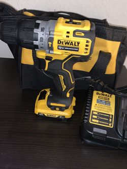 Dewalt 12v Drill With Battery And Charger (great Condition) $90 Firm On price for Sale in Newcastle,  WA