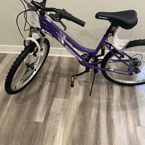 """mountain bike 24"""" brand new for Sale in Los Angeles, CA"""