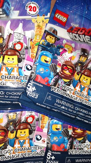 10 Lego movie 2 blind bags for Sale in Norfolk, VA
