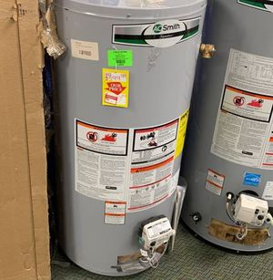 AO SMITH G6-S4040NVR 40 Gallon Water Heater 6TUR for Sale in Houston, TX
