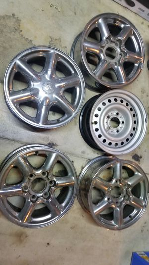 5 DIFFERENT RIMS- PRICING FOR ALL for Sale in Chicago, IL