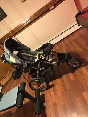 Baby Trend stroller for Sale in Naugatuck, CT