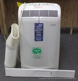 DeLonghi 10,000 BTU 3 Speed Portable Air Conditioner for up to 350 sq. ft. with Dehumidifier ( PAC N100E) for Sale in Coral Springs, FL