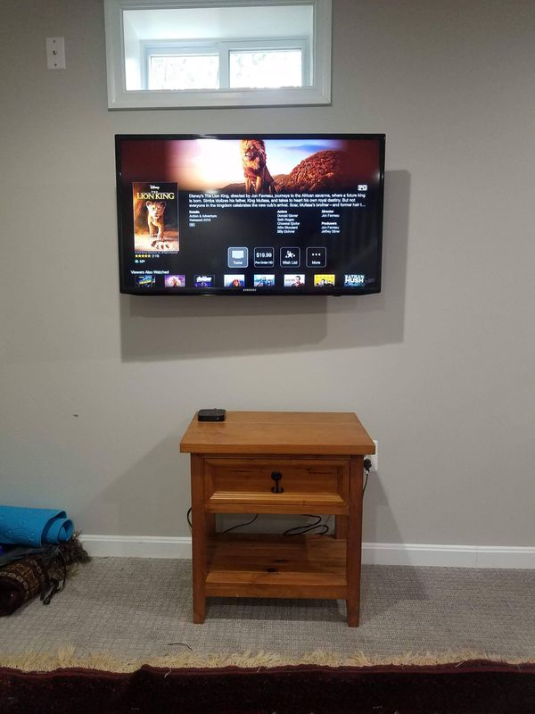 Tv mounting servic-- with flat tilting and full motion swivel tv wall mounts